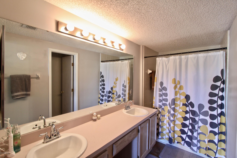11319 LAKE MANDARIN, JACKSONVILLE, FLORIDA 32223, 3 Bedrooms Bedrooms, ,2 BathroomsBathrooms,Residential - townhome,For sale,LAKE MANDARIN,984887