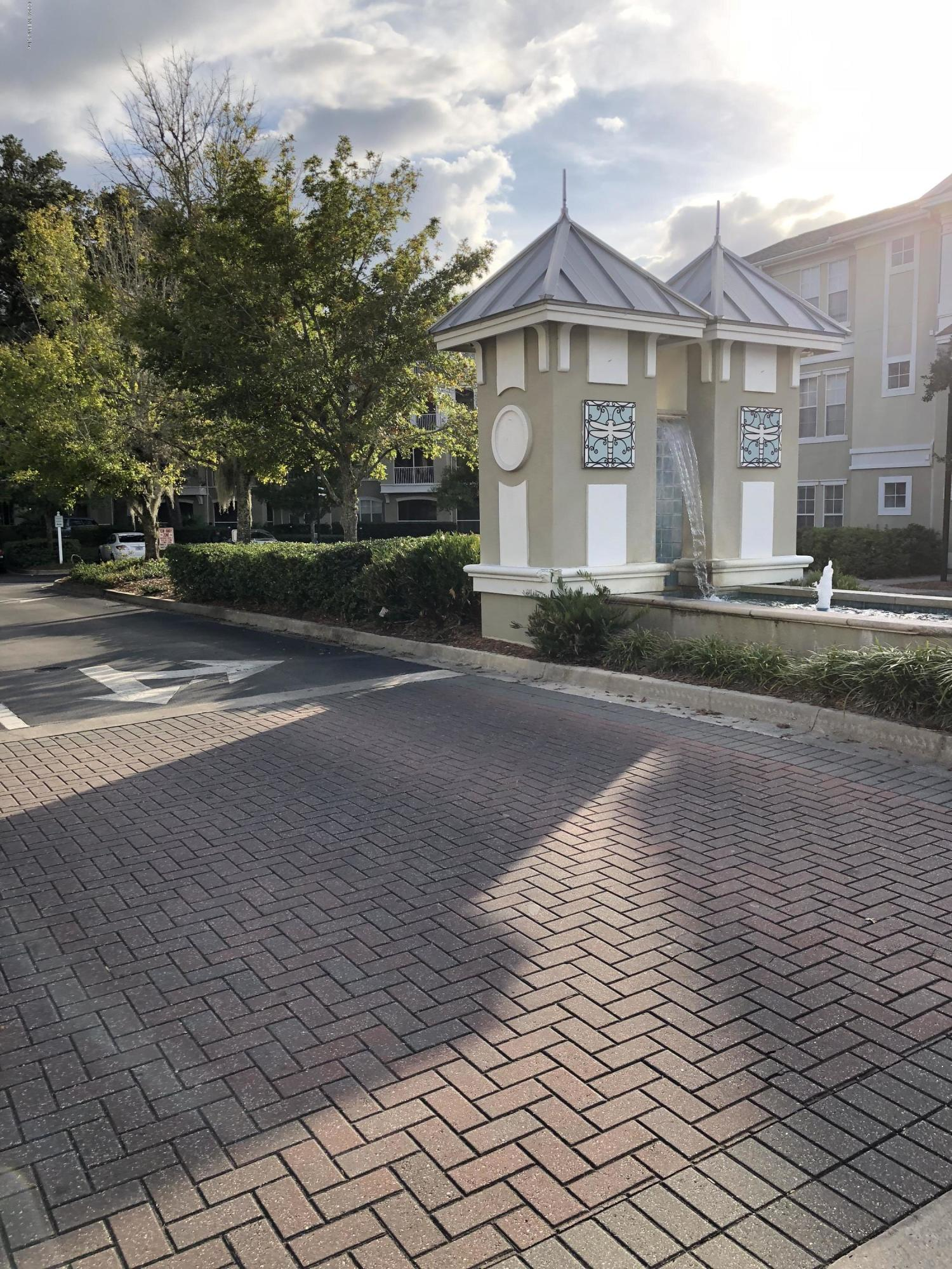 8290 GATE, JACKSONVILLE, FLORIDA 32216, 2 Bedrooms Bedrooms, ,2 BathroomsBathrooms,Residential - condos/townhomes,For sale,GATE,985507