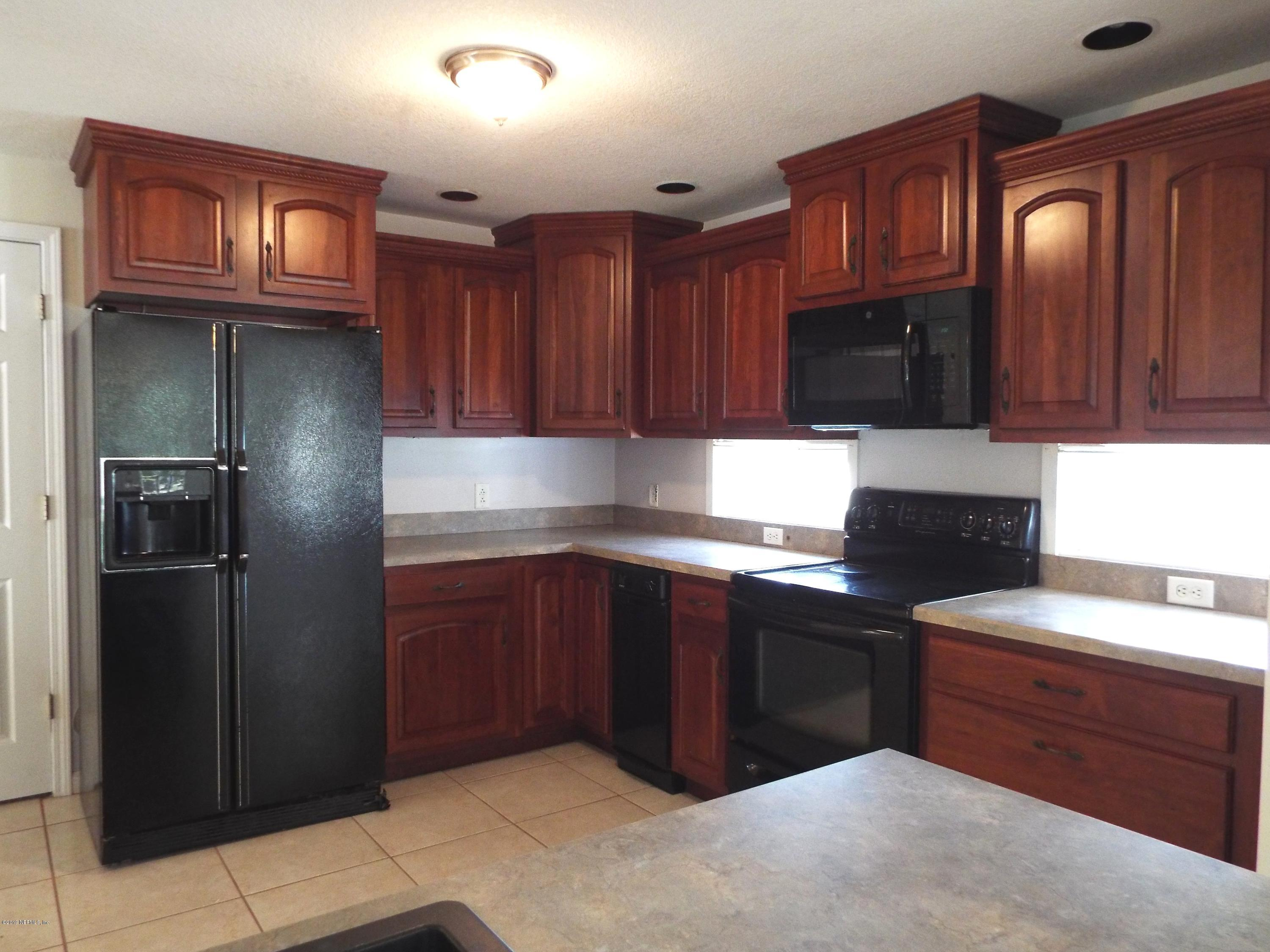 128 SILVER LAKE, PALATKA, FLORIDA 32177, 4 Bedrooms Bedrooms, ,2 BathroomsBathrooms,Residential - single family,For sale,SILVER LAKE,985574