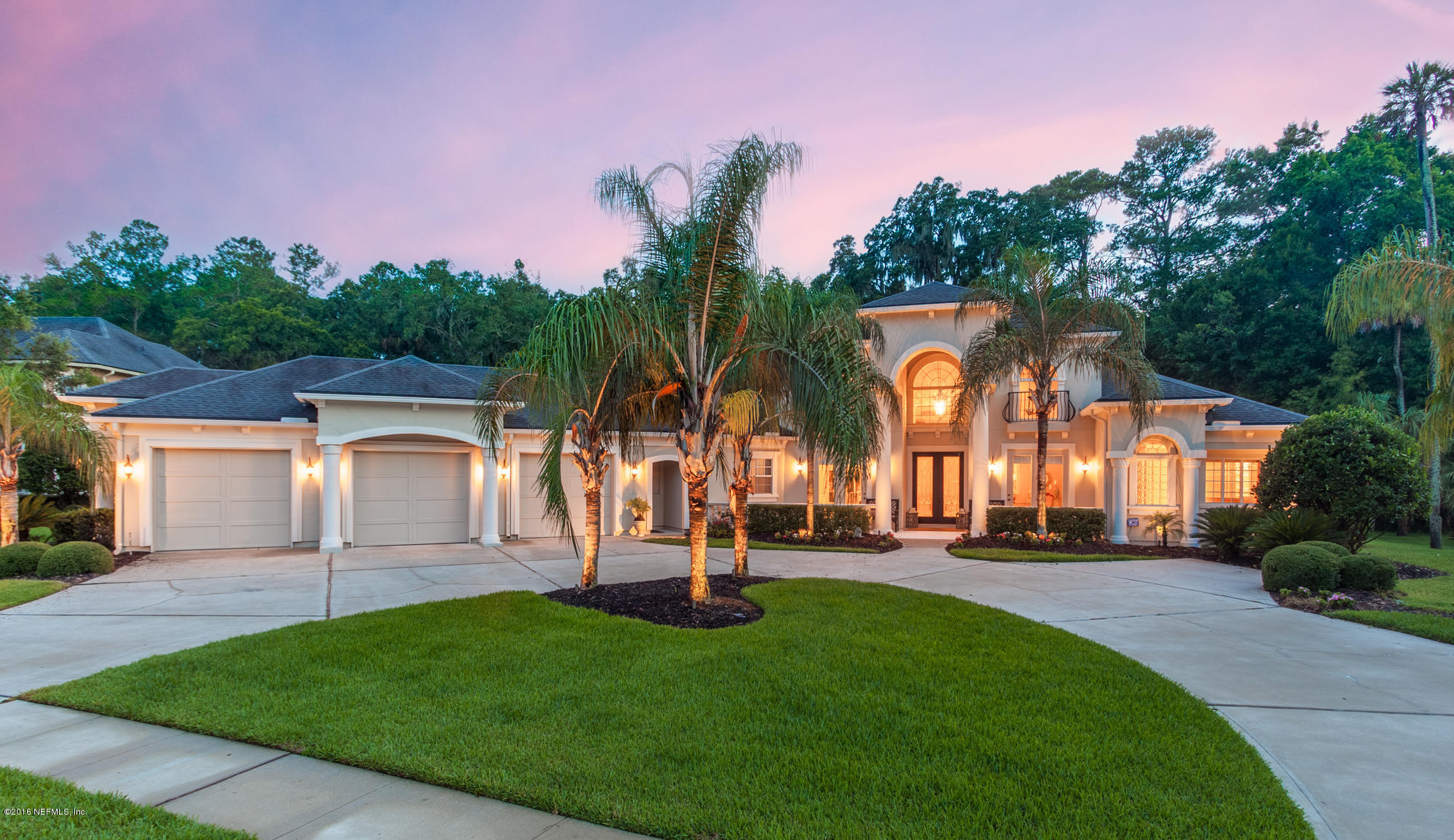 324 Clearwater Dr