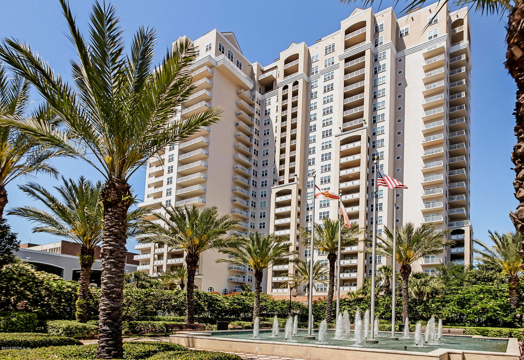 400 BAY, JACKSONVILLE, FLORIDA 32202, 1 Bedroom Bedrooms, ,1 BathroomBathrooms,Residential - condos/townhomes,For sale,BAY,986035