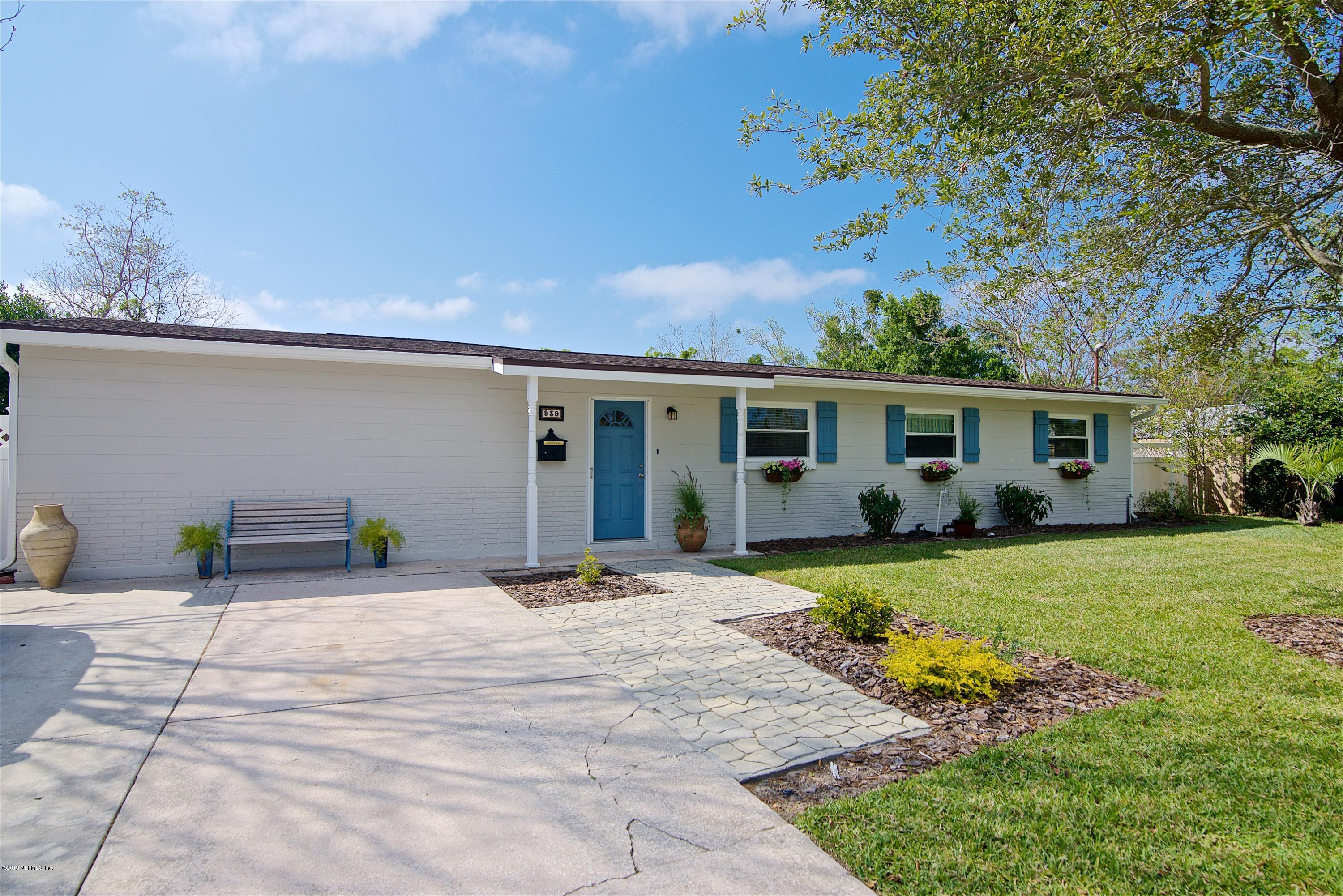 939 AMBERJACK, ATLANTIC BEACH, FLORIDA 32233, 4 Bedrooms Bedrooms, ,2 BathroomsBathrooms,Residential - single family,For sale,AMBERJACK,986752
