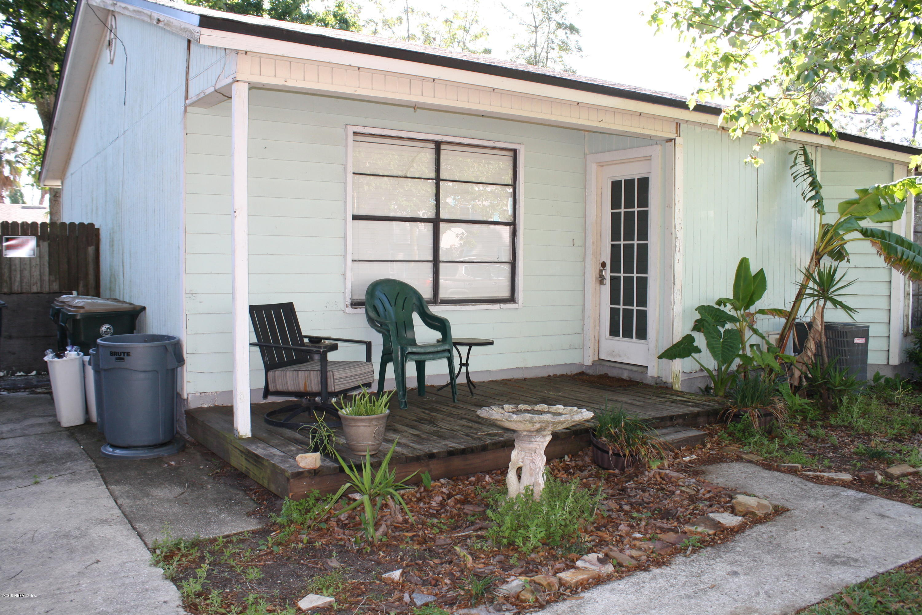 1365 VIOLET, ATLANTIC BEACH, FLORIDA 32233, 2 Bedrooms Bedrooms, ,1 BathroomBathrooms,Residential - townhome,For sale,VIOLET,988449