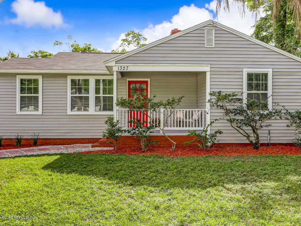 1327 MACARTHUR, JACKSONVILLE, FLORIDA 32205, 2 Bedrooms Bedrooms, ,1 BathroomBathrooms,Residential - single family,For sale,MACARTHUR,989534