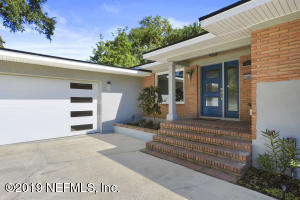 Photo of 916 Old Grove Manor, Jacksonville, Fl 32207 - MLS# 990634