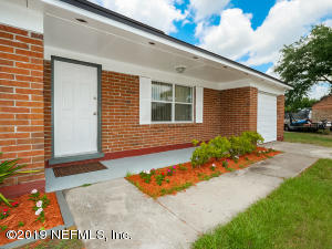 Photo of 2454 Seymour St, Jacksonville, Fl 32246 - MLS# 997103