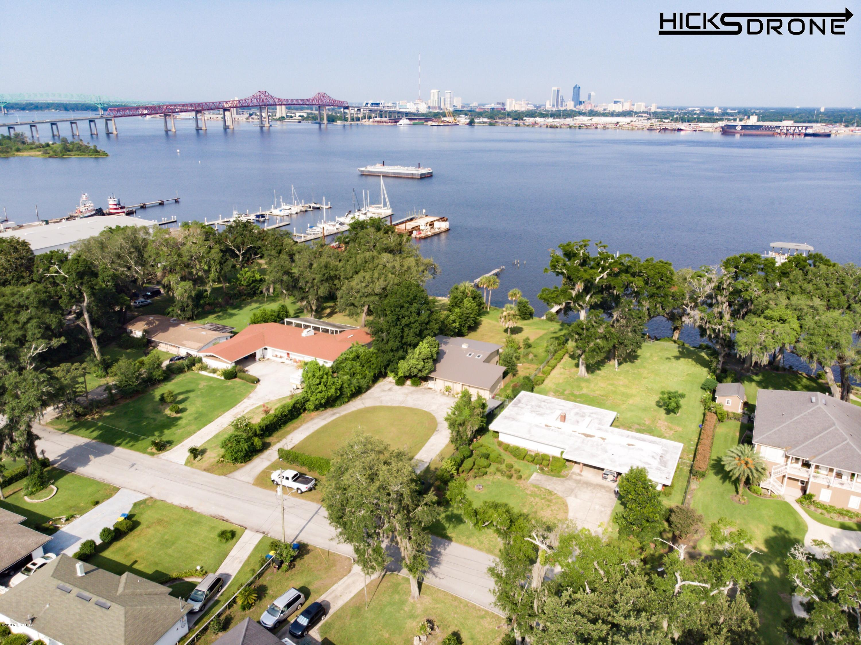 1434 River Bluff Rd N