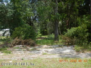 Photo of 236 Lynne Dr, Palatka, Fl 32177 - MLS# 1006442