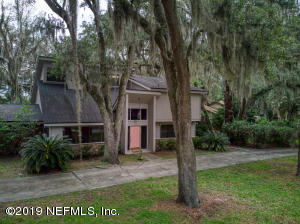 Photo of 3520 Hidden Lake Dr Dr E, Jacksonville, Fl 32216 - MLS# 1008300