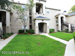 Photo of 1701 The Greens Way, 1731, Jacksonville Beach, Fl 32250 - MLS# 1009290