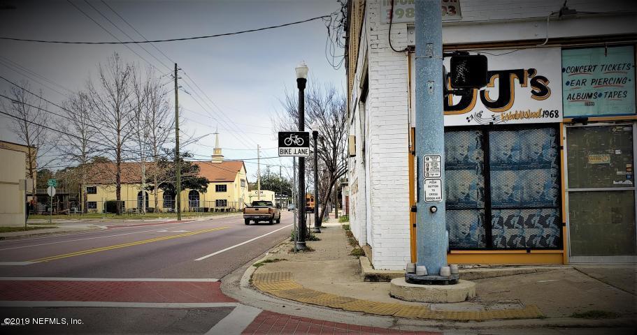 2953 Edison Ave