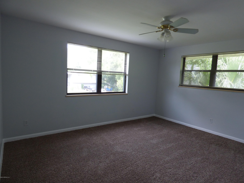 7922 Wildwood Rd