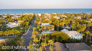 680 EAST COAST DR, ATLANTIC BEACH, FL 32233