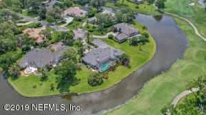 HOUSE AT END OF CUL DE SAC 1/2 ACRE PREMIUM WATER TO GOLF LOT