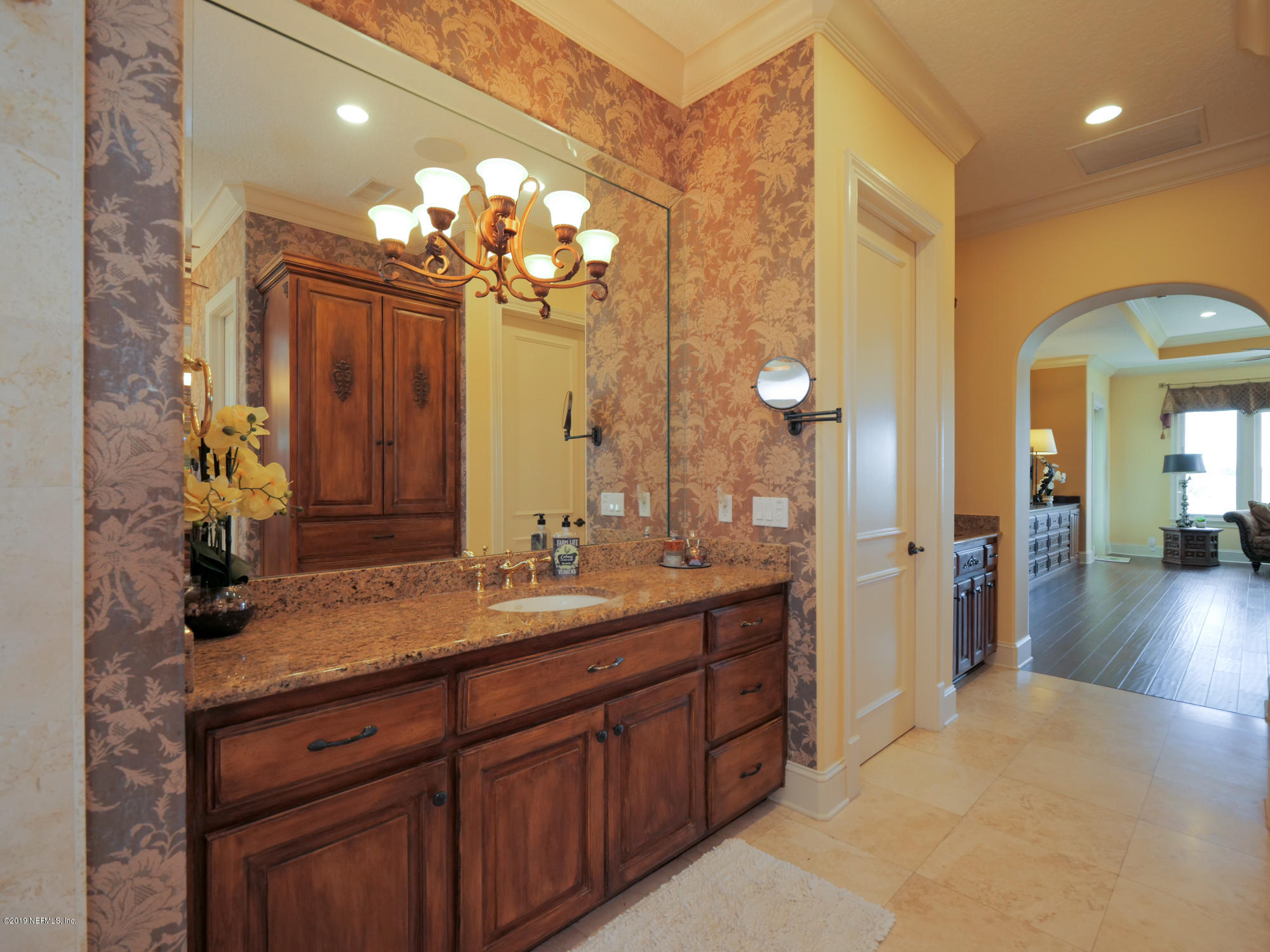 Image 46 of 89 For 1297 Delfino Dr