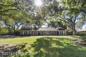 Property for sale at 8216 Hollyridge Rd, Jacksonville,  Florida 32256