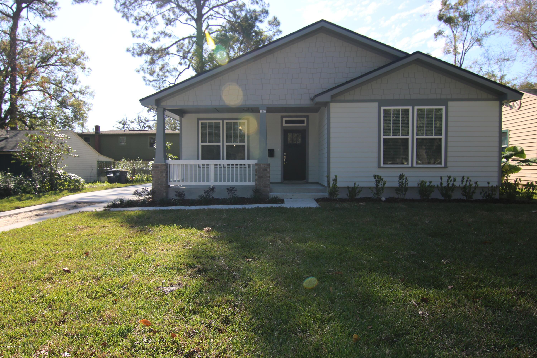 1272 Lechlade St Jacksonville, FL 32205