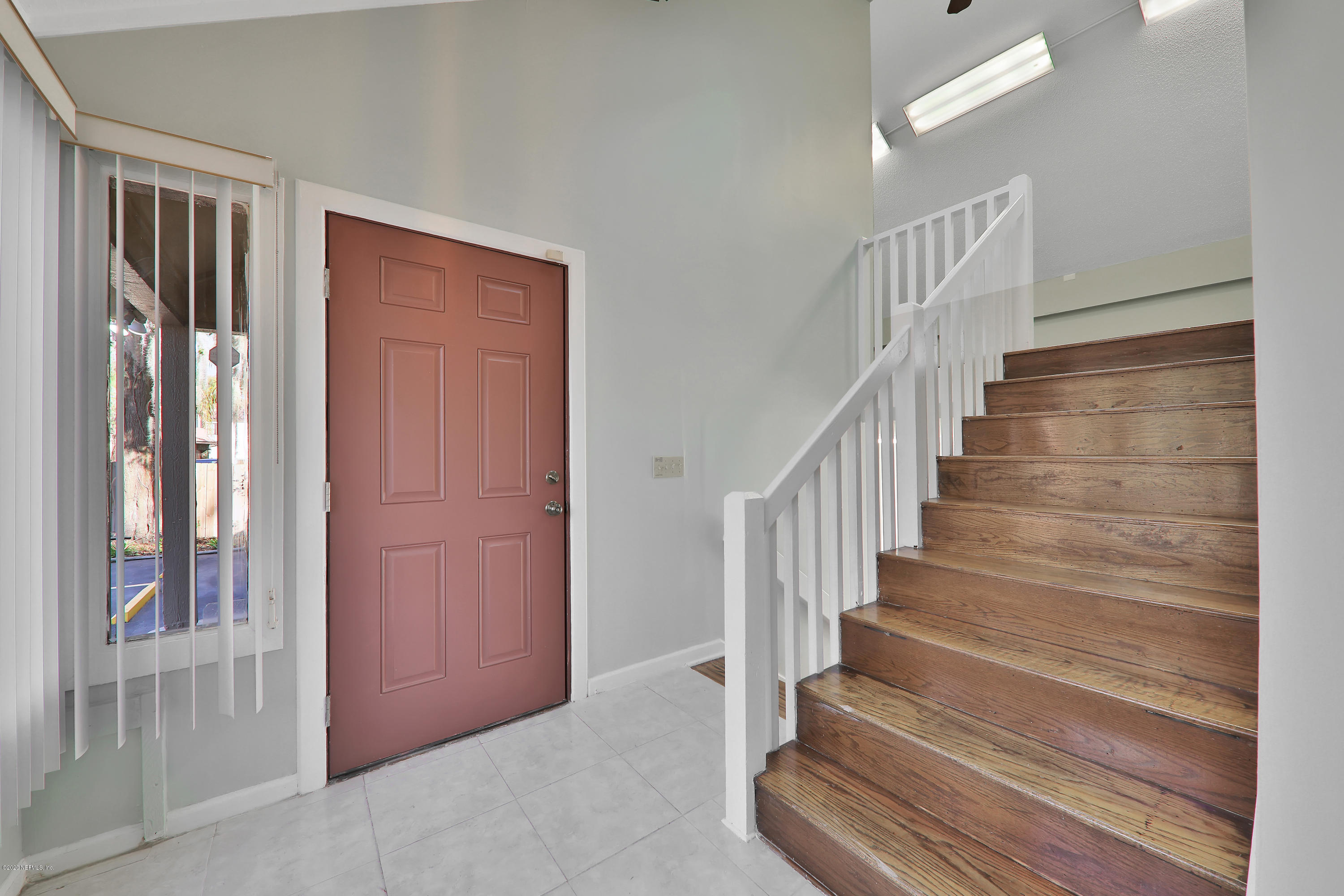 Image 4 of 35 For 4043 Baymeadows Rd