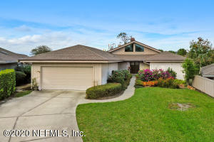 72 VILLAGE WALK LN, PONTE VEDRA BEACH, FL 32082