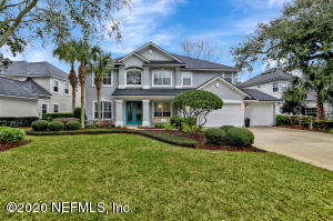 Welcome home to 'The Estates' neighborhood in desirable Ponte Vedra By the Sea, just minutes from the beach!
