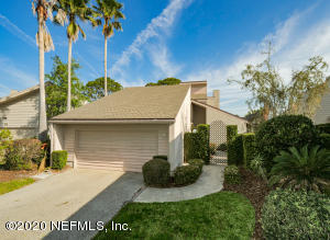 17 LAKE JULIA DR S, PONTE VEDRA BEACH, FL 32082
