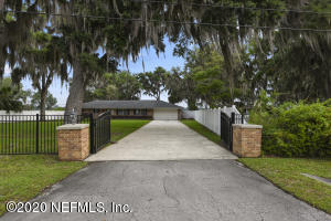 Photo of 2043 Lakeshore Dr N, Fleming Island, Fl 32003 - MLS# 1048317
