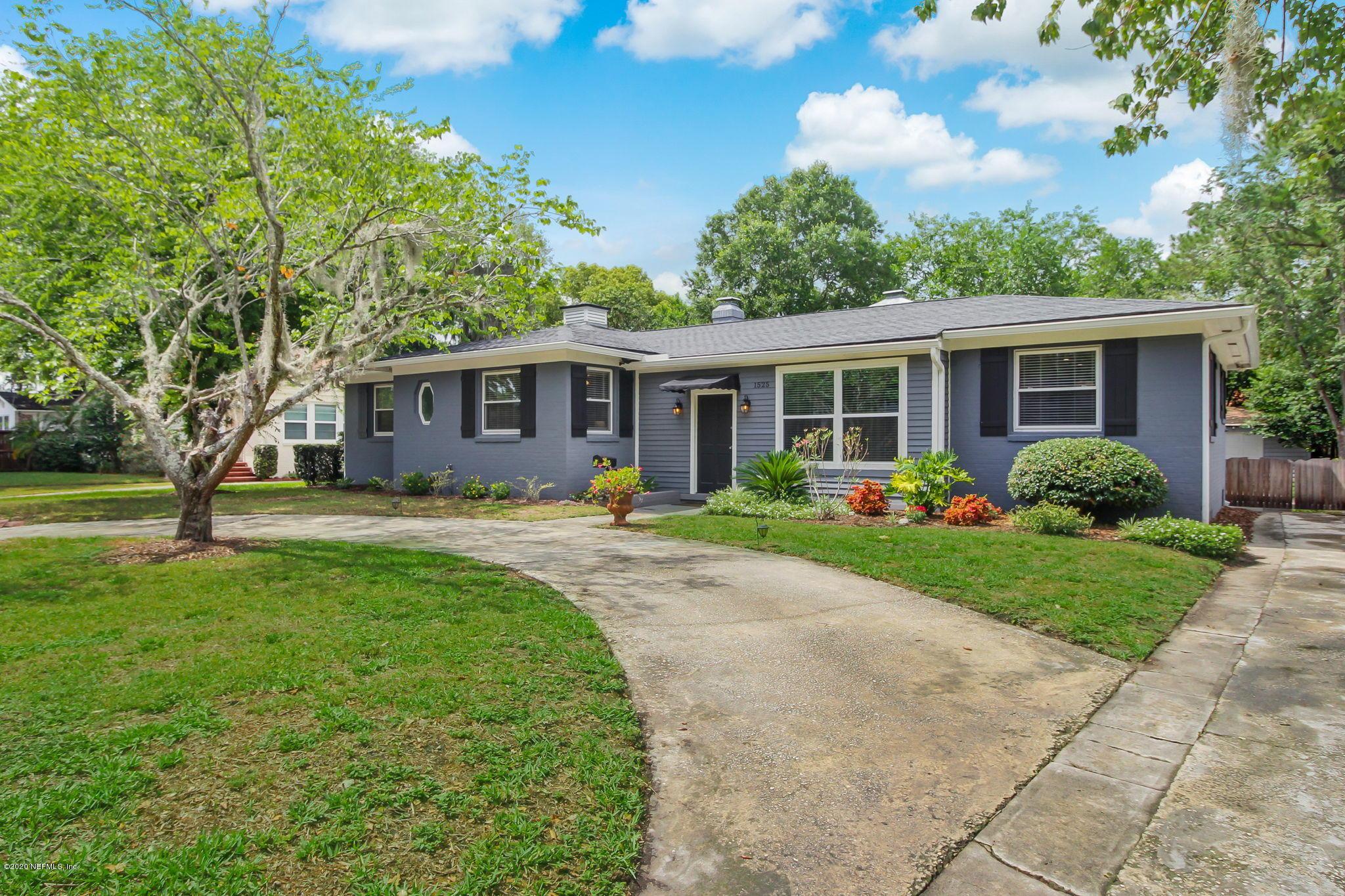 1525 Dunsford Jacksonville, FL 32207