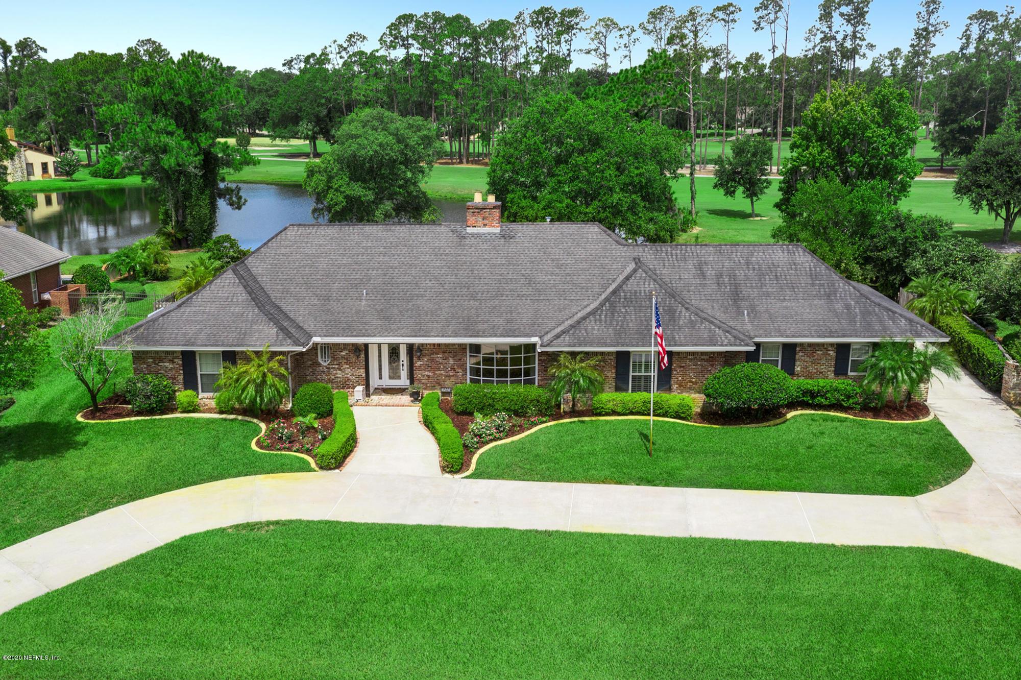 Details for 8240 Hunters Grove Rd, JACKSONVILLE, FL 32256