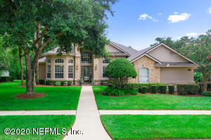 Beautiful Remodeled home in Woodlands Creek
