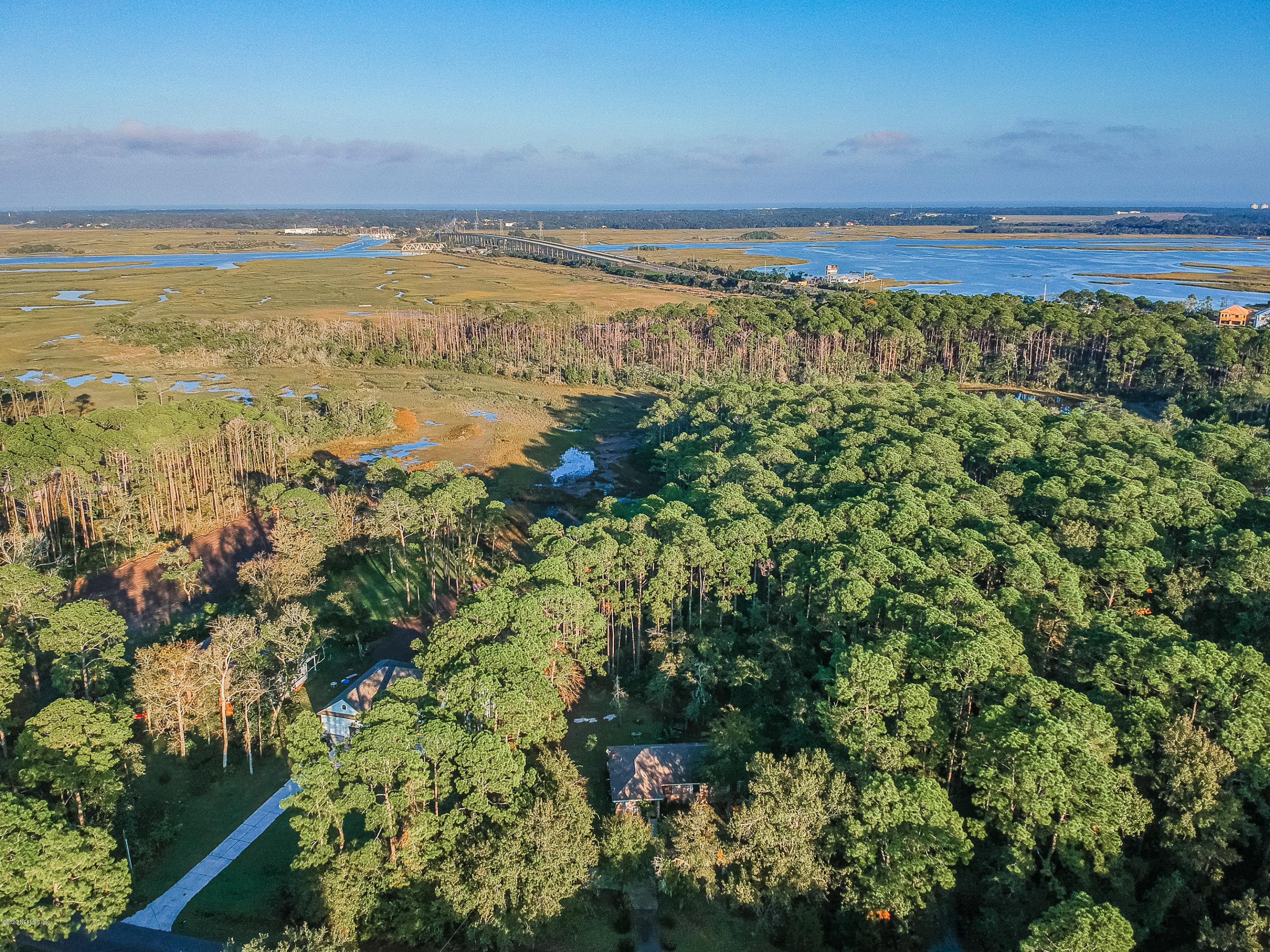 Image 34 of 38 For 96068 Piney Island Dr