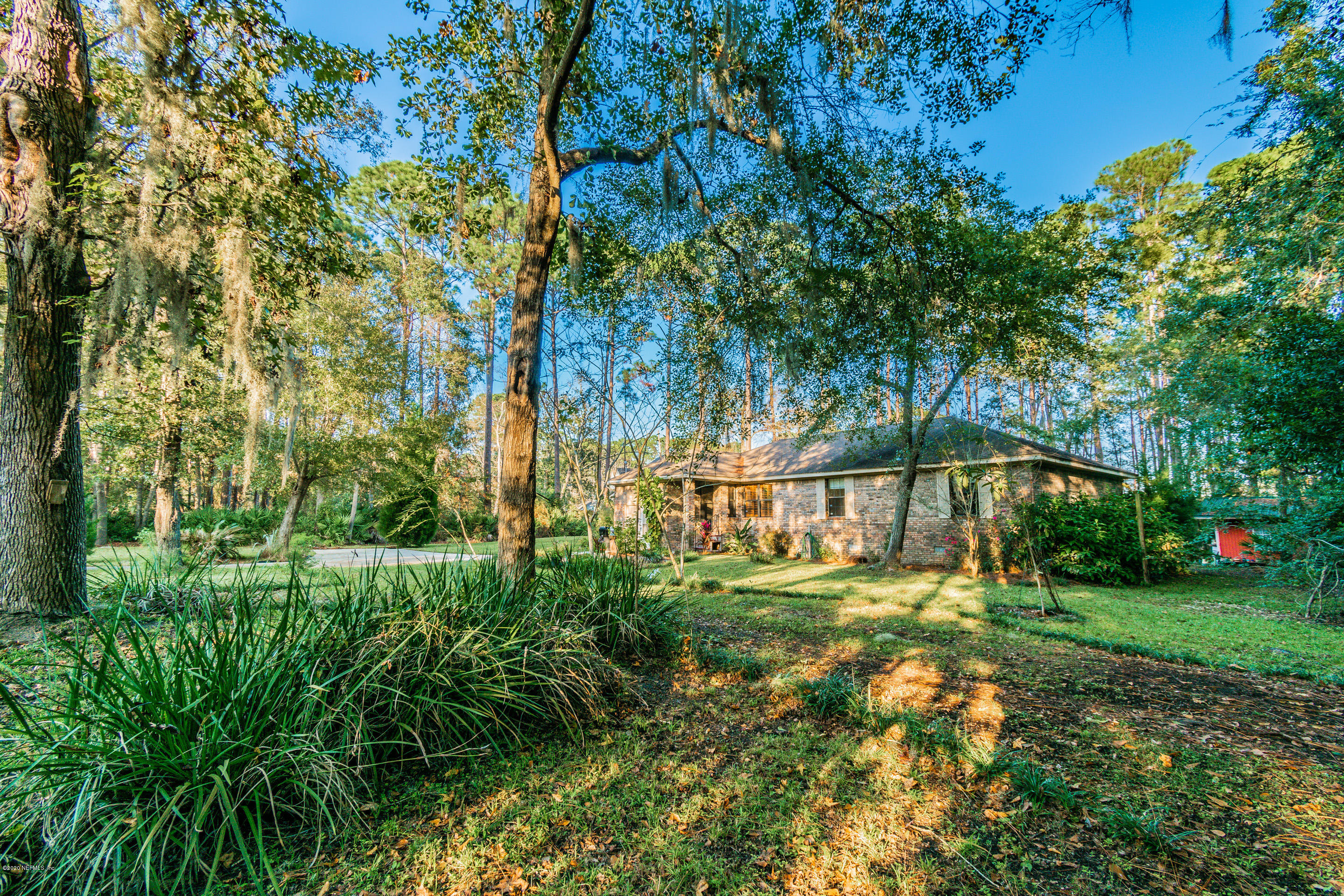 Image 4 of 38 For 96068 Piney Island Dr
