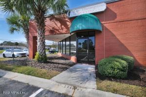 4613 PHILIPS HWY, JACKSONVILLE, FL 32207