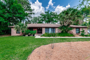 5231 GOLF COURSE DR, JACKSONVILLE, FL 32277