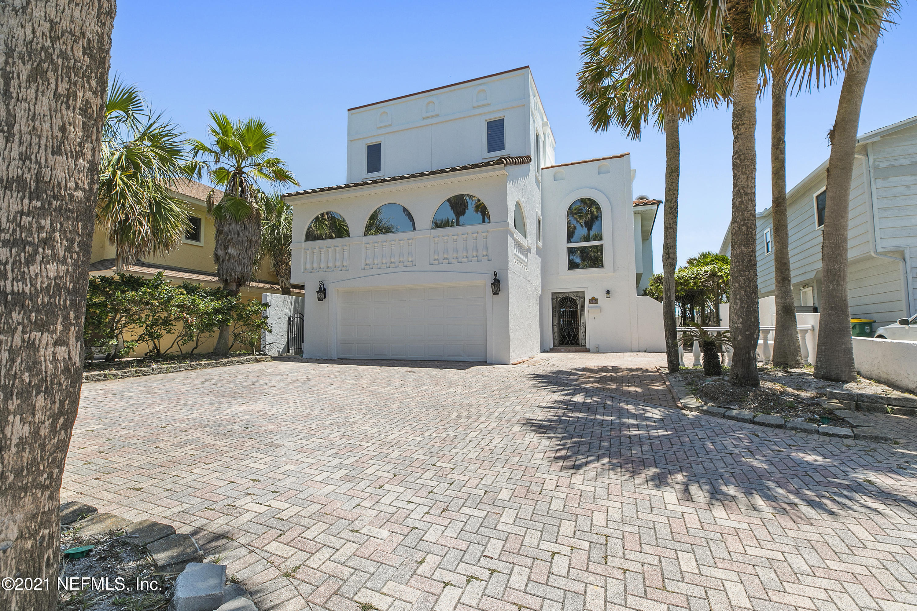 Beautiful ocean front home in Jacksonville Beach to live in or vacation. Minutes from the Ponte Vedra Inn & Club, shopping and restaurants. Outstanding stone patio and porch overlooking the Atlantic Ocean. Life style at it's best.