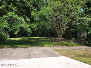 9353 WAYNESBORO AVE, JACKSONVILLE, FL 32208