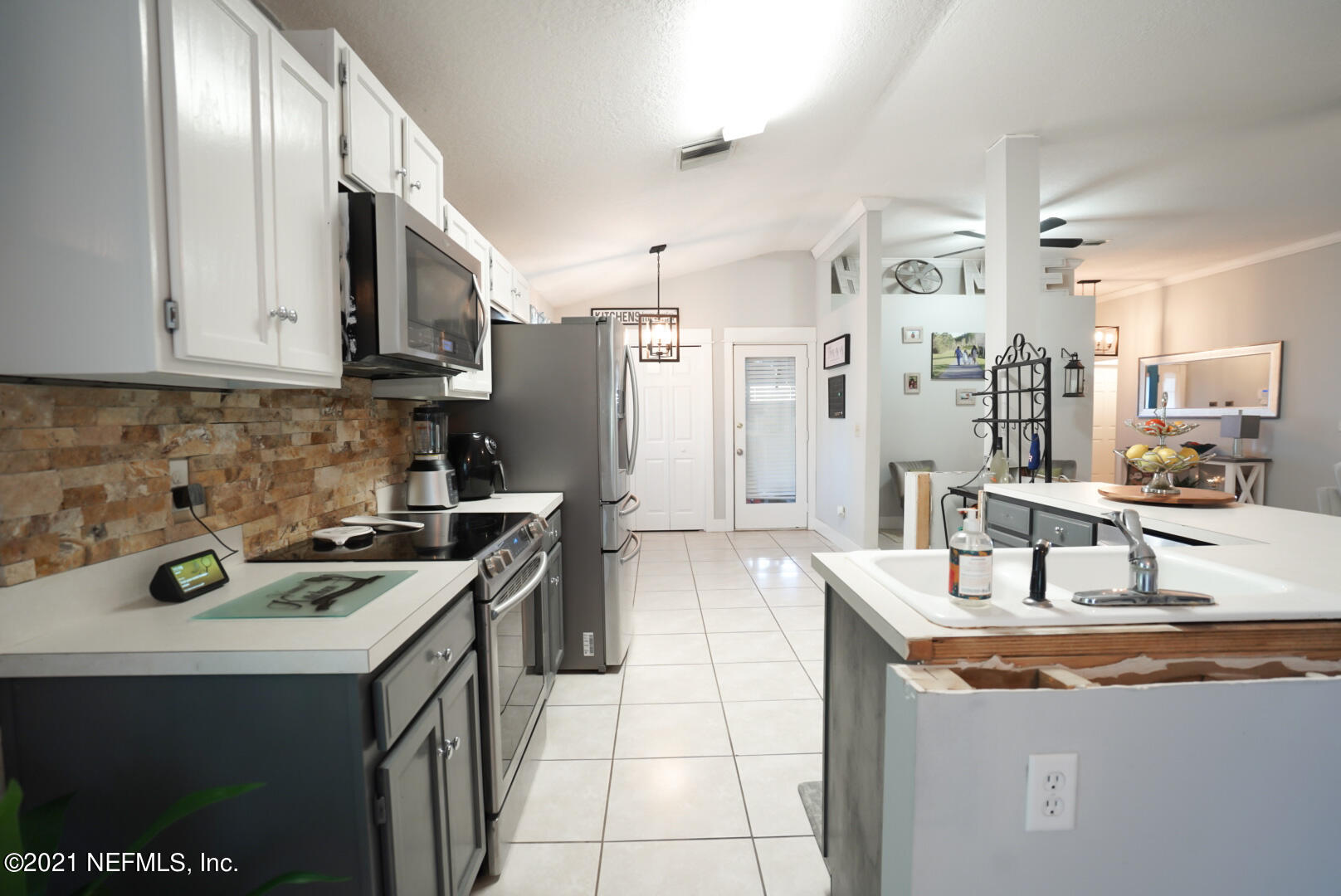 Image 11 For 7686 Spring Branch Ct