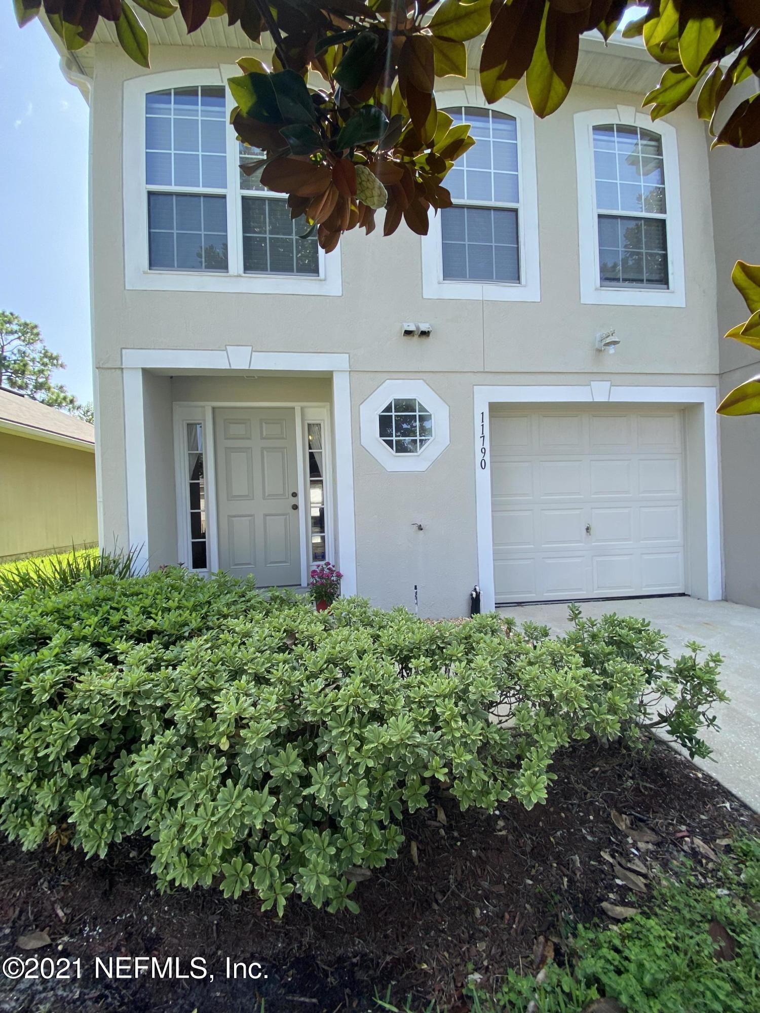 11790 Lake Bend Cir Jacksonville, FL 32218