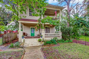 Historic Springfield Pool Home with Sprawling Front Porch