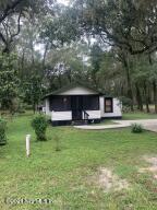 107 CORAL FARMS RD, FLORAHOME, FL 32140