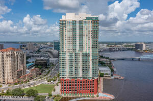 Riverfront highrise living! The best of the best in Jax. Check out #2702. Located along southbank river walk on the St Johns River