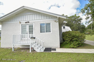 406 HUSSON AVE, PALATKA, FL 32177