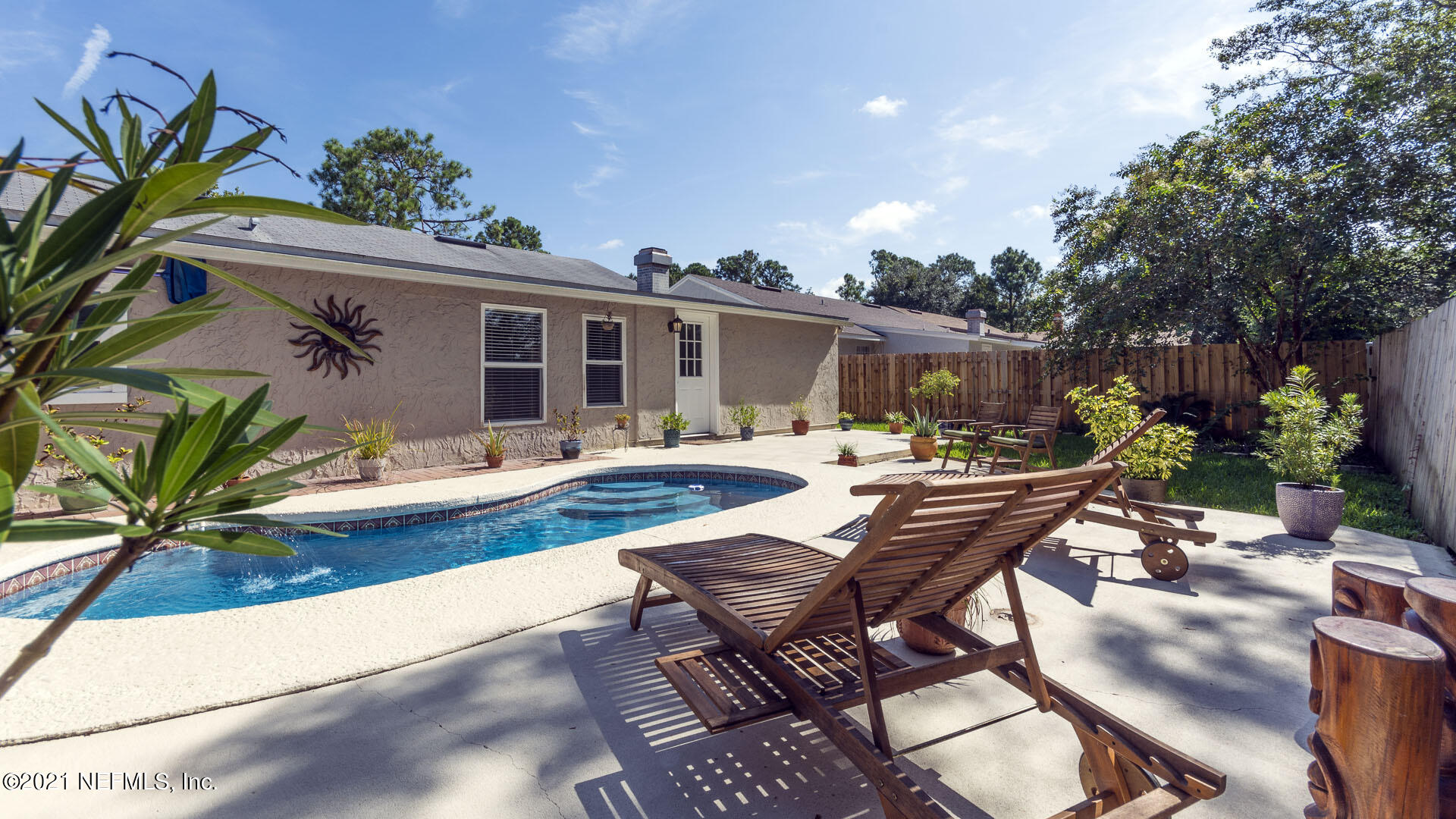 Details for 13046 Twin Pines Cir S, JACKSONVILLE, FL 32246