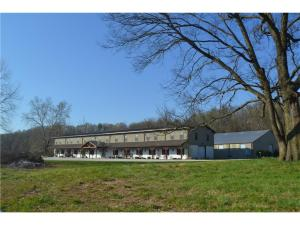 18707 BILL YOUNG RD, Siloam Springs, AR 72761
