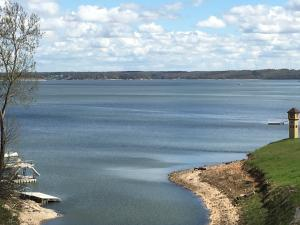 Big Lake Views from Crown Pointe Condo 2A on Monkey Island!