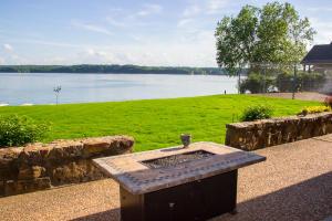 Main Lake View