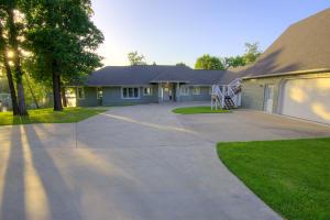 25795 S 623 Rd, Grove, OK 74344