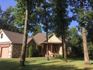 59701 E 317 Ct, Grove, OK 74344