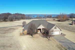 5055 Lake Breeze Rd. in January