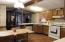 Open & spacious kitchen