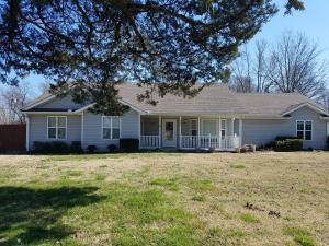 205 E Conner Ave, Fairland, OK 74343